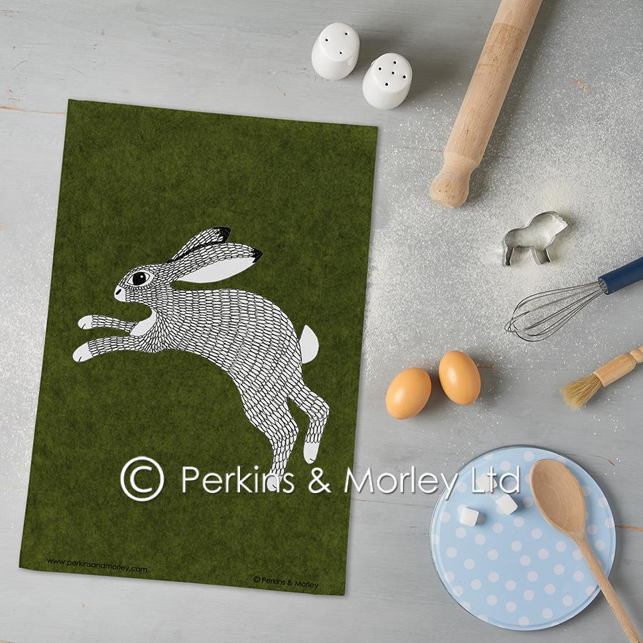 J2BLOC4TT-Hare-Tea-towel-photo-square-web